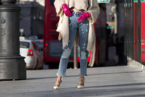 Candela Gomez Herrero guantes Rosas CH