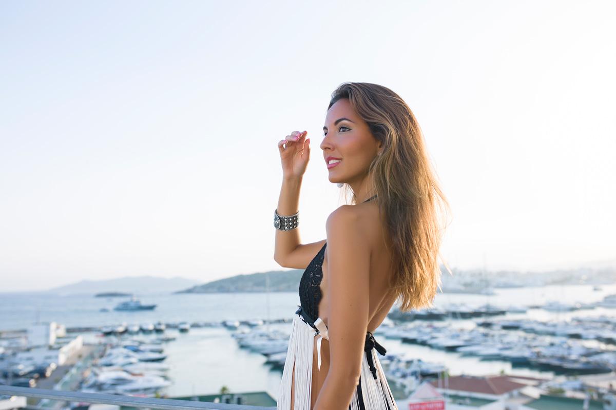 Candela Gomez Herrero lenceria sujetador de Trinidades Ibiza