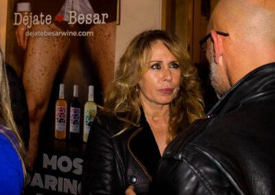 La-actriz-Miriam-Díaz-Aroca-y-vino-dejate-besar.jpg