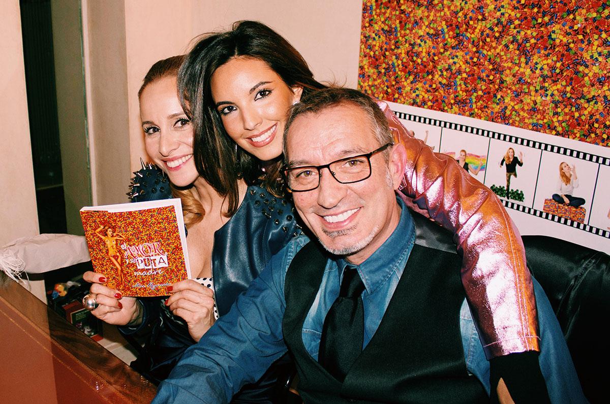 Mar-regueras-y-Candela-Gomez-firma-libro-el-amor-y-su-put.jpg